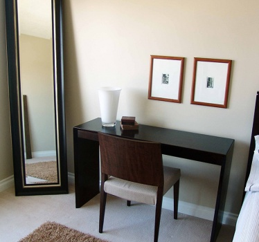 Realtor staging, 3-bed high-rise condominium, Ottawa